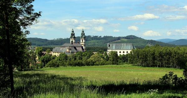 Klooster van Grüßau – Waarom zou je het voor onbepaalde tijd bezoeken.